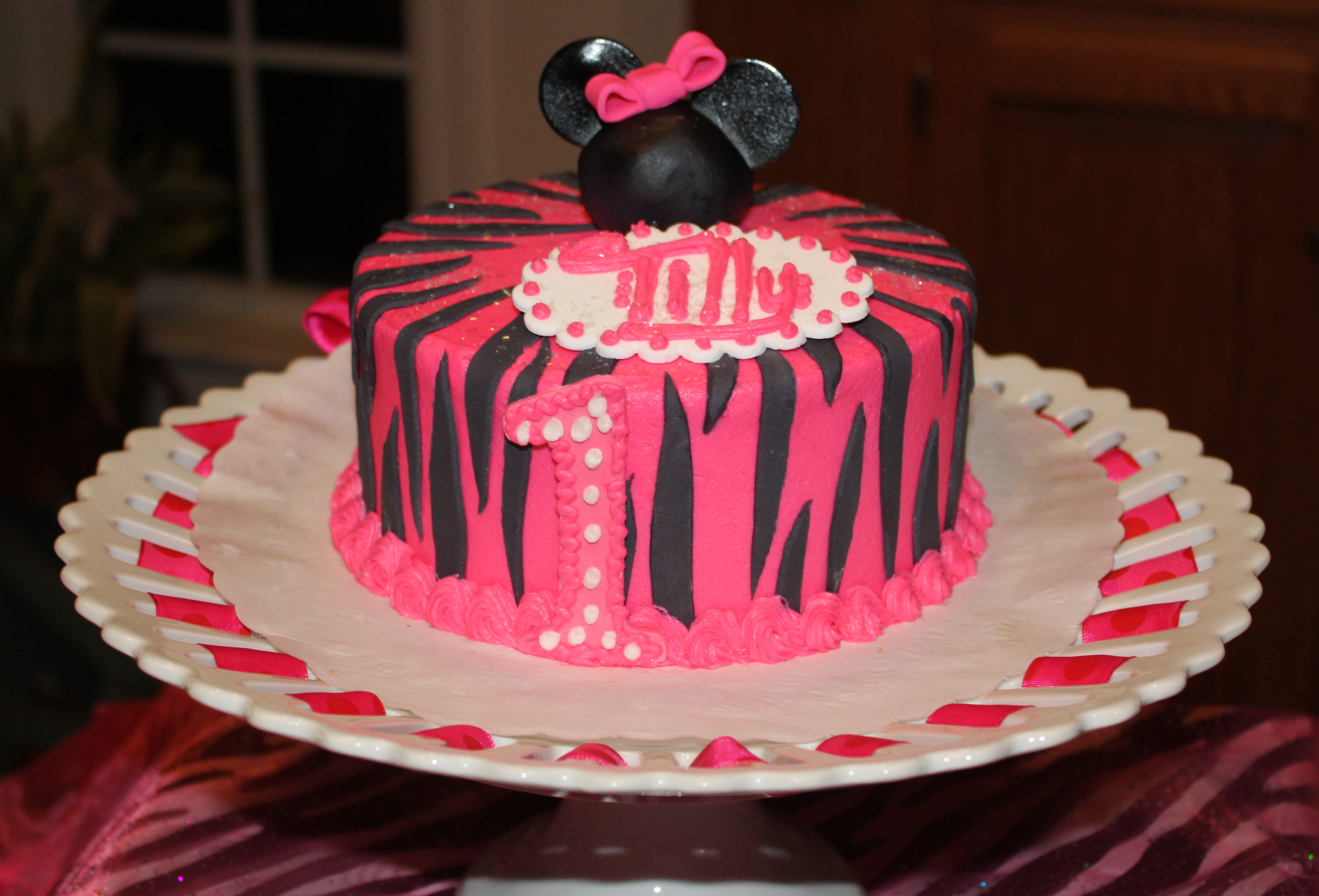 Tremendous Minnie Mouse 1St Birthday Party Lulus Goodies Funny Birthday Cards Online Alyptdamsfinfo